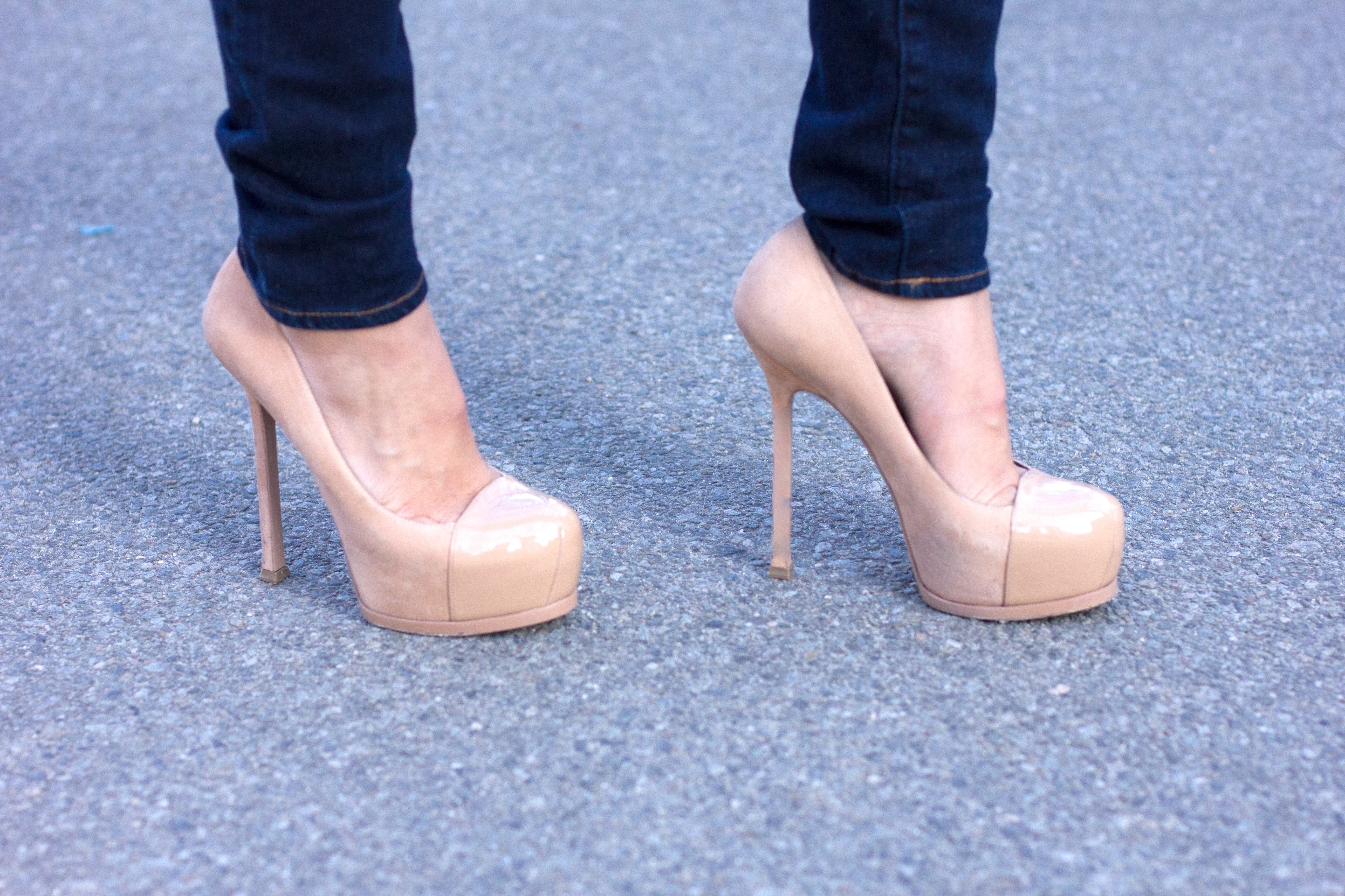Yves Saint Laurent Tribute Two Pumps sale low cost free shipping finishline KLmns